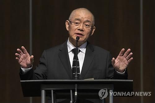"""임현수 목사 """"北서 겨울에 1m깊이 구덩이 파…손발 동상"""""""