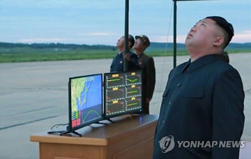 북한, 화성-12형 발사상황 공개