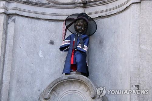생애 다섯 번째 한복 입은 브뤼셀 관광 명물 오줌싸개 동상