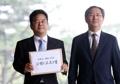ソウル市長が李元大統領を告訴