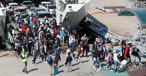 추석 연휴 마지막 날…인천 여객선 전 항로 정상운항