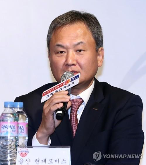 유재학 감독, 14일 프로농구 최초 1천 경기 출전