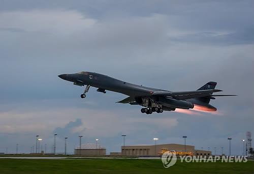 美 B-1B 전략폭격기