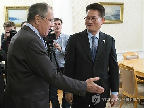 러시아 외무장관 만난 송영길 북방협력위원장