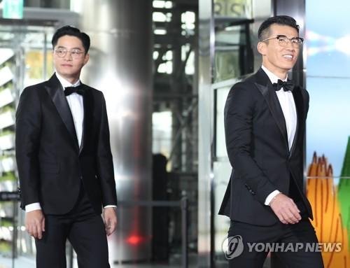 """Jinusean at """"Fantastic Duo 2"""" concert"""