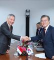 韩新加坡领导人会谈