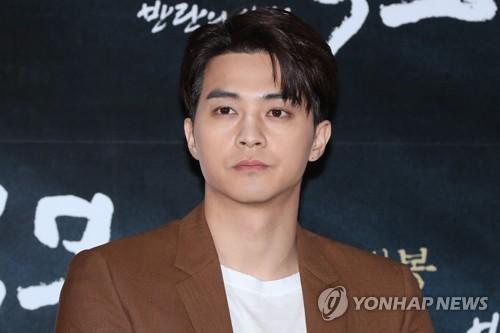 Kim Ji-hoon in 'Conspiracy: Age of Rebellion'