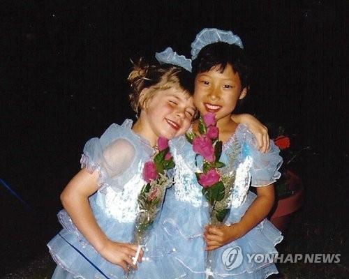평창 가는 길…언니는 한국, 동생은 미국 대표로