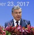 乌兹别克斯坦总统出席韩乌商务论坛