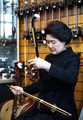 First lady tries Chinese erhu