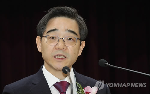 [신년사] 권순일 선관위원장 '유권자 중심 지방선거 실현할 것'
