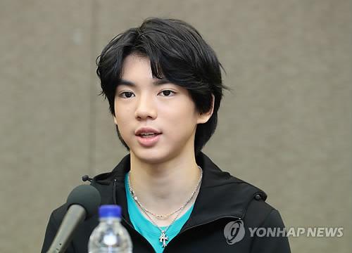 会見する車俊煥=11日、ソウル(聯合ニュース)