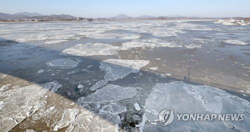 한파가 만든 풍경 '강화 유빙'