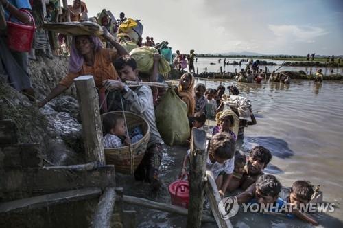 방글라데시로 대피한 로힝야족 어린이들 [유니세프 제공=연합뉴스]