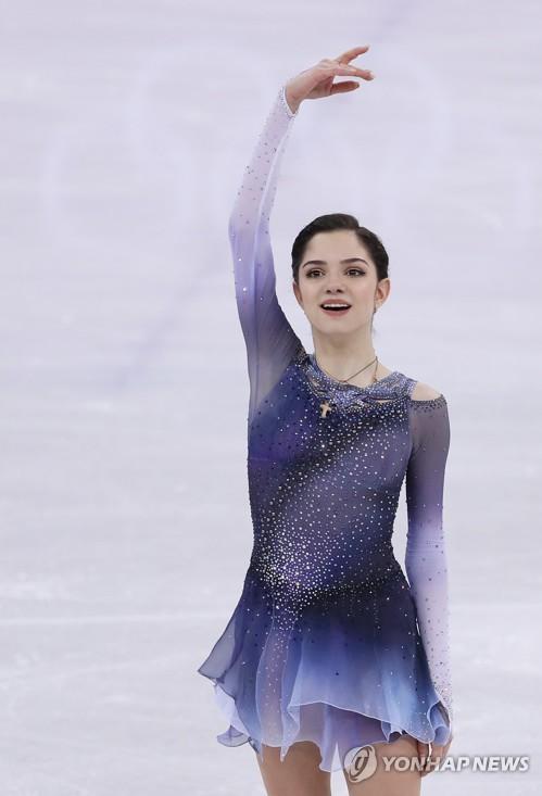 엑소의 팬이라는 러시아 출신(OAR) 피겨 스타 예브게니야 메드베데바
