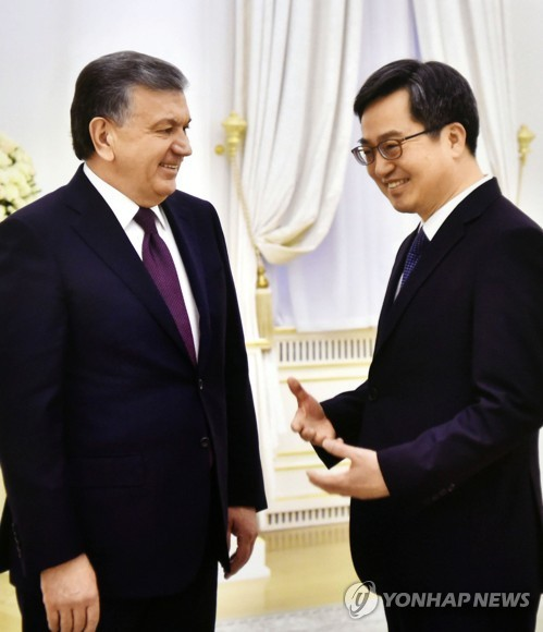 Finance minister meets Uzbek president