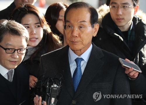 이학수 전 삼성그룹 부회장, 검찰 출석