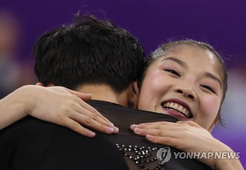 [올림픽] 렴대옥, 아름다운 포옹