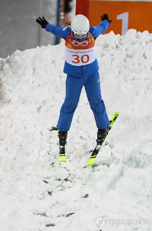 [올림픽] 여자 에어리얼 김경은 '점프'