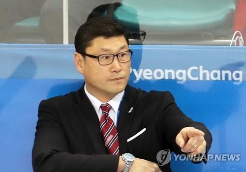[올림픽] 작전지시하는 백지선 감독