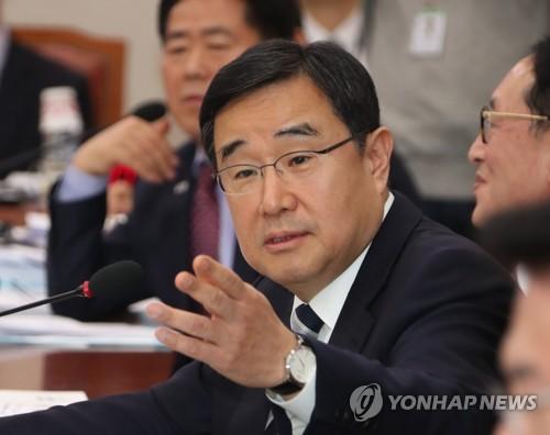 질의하는 김정훈 의원
