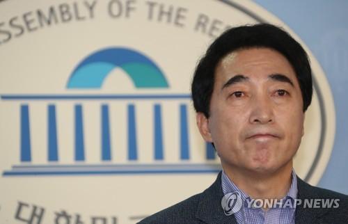 박수현 충남지사 예비후보 사퇴 [연합뉴스 자료사진]
