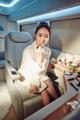 李�W熹为代言品牌拍写真