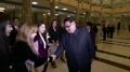朝媒公开金正恩观看韩艺术团演出视频