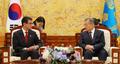 Moon et le chef de la diplomatie japonaise
