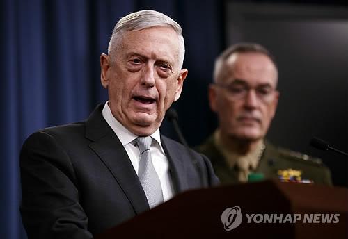 """美국방, '시리아 공습' 브리핑…""""작년 4월보다 고강도 공격"""""""