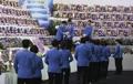 韩沉船事故遇难者遗像离开焚香所