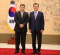 文在寅接受哥伦比亚驻韩大使递交国书