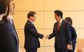El jefe del NIS y Abe