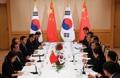 Diálogos entre Moon y el primer ministro chino