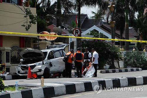 인도네시아서 괴한들 경찰서 공격…용의자 4명 사살