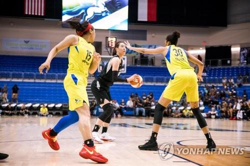 WNBA 박지수, 피닉스 전에서 11분 뛰고 2점-1리바운드