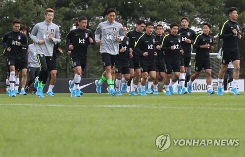 부상악령 엄습한 축구대표팀, 약식훈련으로 첫날 일정 마감