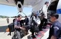 韩国记者团飞赴朝鲜