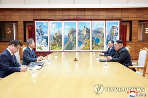 [남북정상회담] 합의내용 발표 하루연기는 김정은 뜻…'대내홍보 목적'