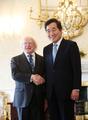 El primer ministro Lee Nak-yon se reúne con el presidente irlandés