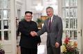 """싱가포르 총리, 北 김정은에 북미회담 축하…""""평화 첫걸음"""""""