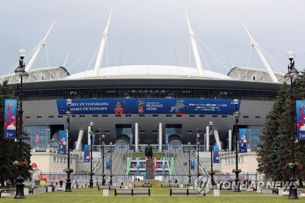 월드컵 개막 기다리는 상트페테르부르크 경기장