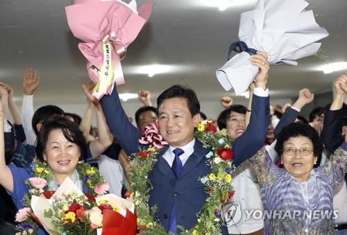 김병우 충북교육감 당선 [연합뉴스 자료사진]