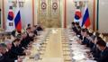 한러, 한반도·동북아 평화정착에 공감대…남북러 협력 '청신호'
