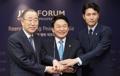 Ban Ki-moon y Jung Woo-sung en el Foro de Jeju