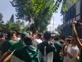 メキシコの韓国大使館前に大集合
