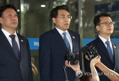 김정렬 국토차관 문산∼개성 고속도로 건설 논의…대표단 출발