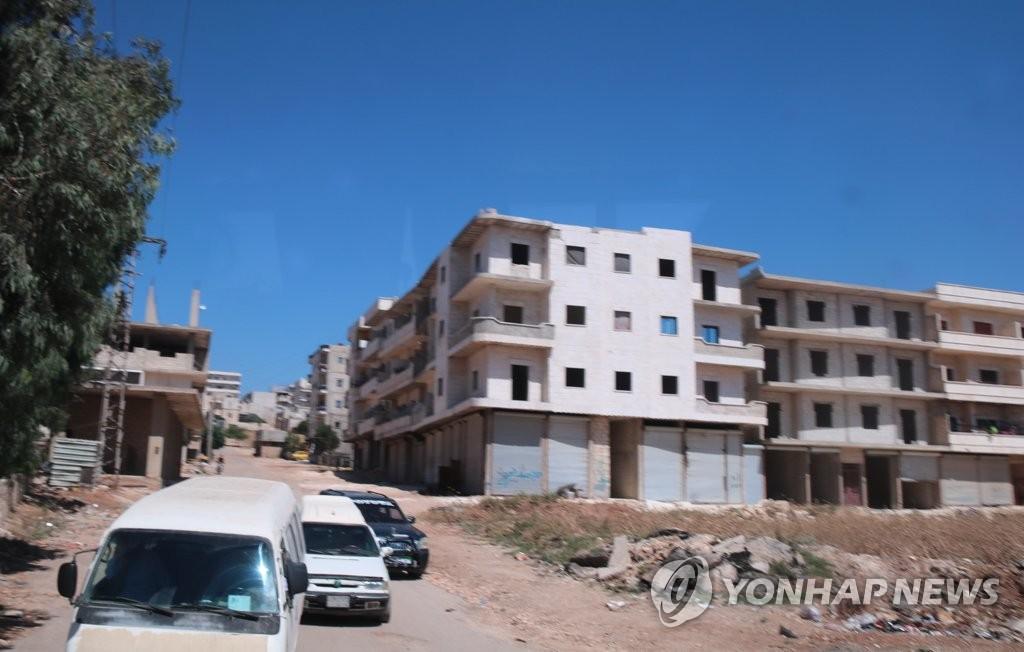 '터키군 점령지' 시리아 아프린 곳곳에 빈 건물