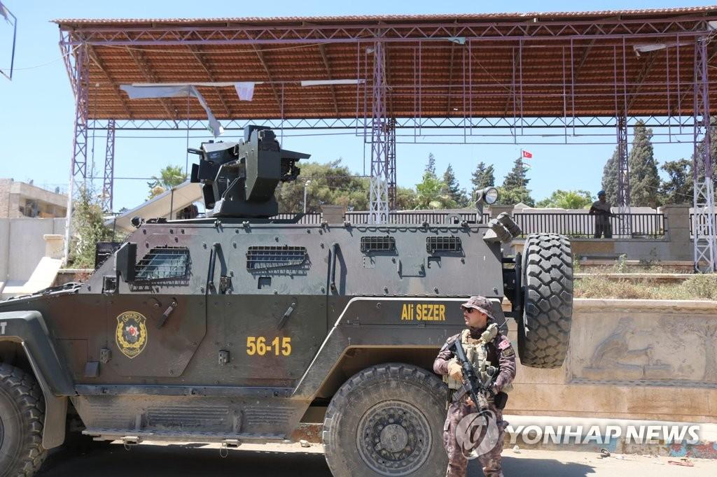 '시리아 속 터키'…쿠르드민병대 몰아낸 자리에 터키경찰