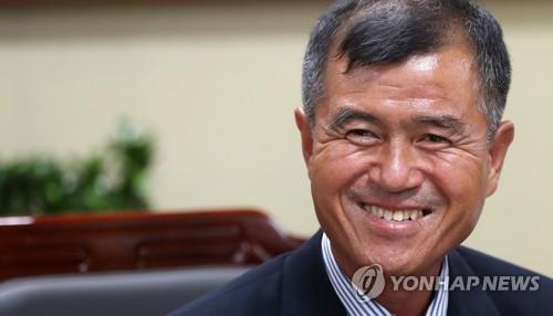 강원도의회 62주년 기념식…역대 의원·작은 학교 학생 초청